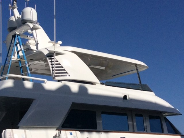 M/Y 'Berada' 98 MCP - Custom Hard Top